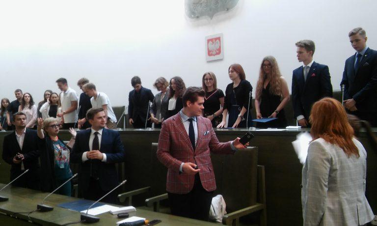 Zwycięstwo naszych uczniów w Ogólnopolskim Turnieju Negocjacyjnym dla Licealistów
